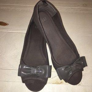 GAP Open Toe Bow Everyday Flat